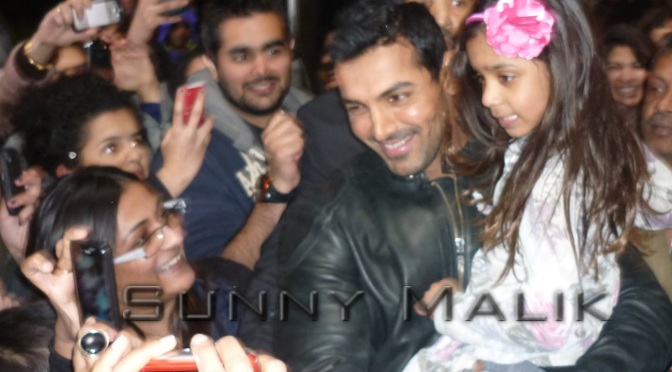 Spotted: John Abraham being mobbed on the streets of London (March 2011)