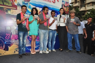 Manoj,Richa Chadda,Anurag,Nawazuddin,Huma Qureshi and Piyush Mishra..