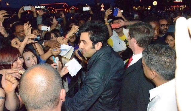 Video: Ranbir Kapoor at Cineworld, Feltham (London)