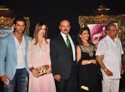Jab Tak Hai Jaan - Premiere - The Roshans