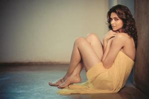 Deepika Padukone wearing Drama Queen