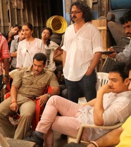 Salman Khan and Aamir Khan on the sets of Dabangg 2