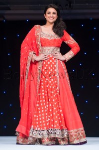 Bollywood star Parineeti Copra stuns audiences at Manish Malhotra Fashion Fundraiser in London for The Angeli Foundation
