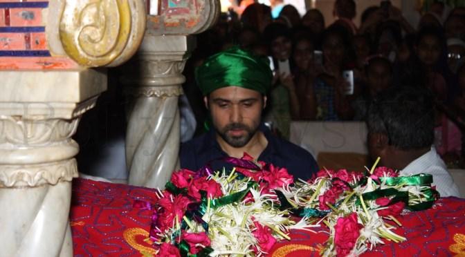 Spotted: Emraan Hashmi visits Haji Ali for 'Ek Thi Daayan'