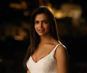 Deepika Padukone in Yeh Jawaani Hai Deewani - UK Release (1)