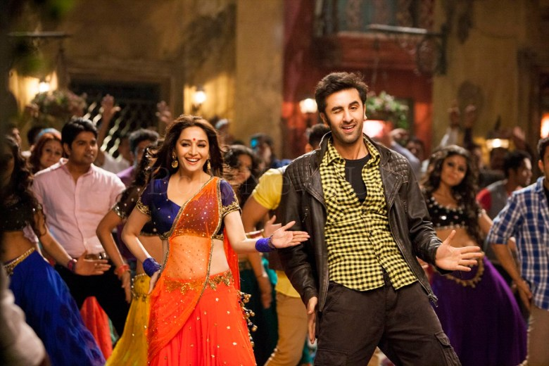 Ghahgra - Yeh Jawaani Hai Deewani - UK Release - Madhuri Dixit, Ranbir Kapoor (1)