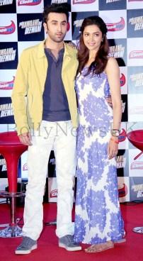 Deepika Padukone and Ranbir Kapoor at CLOSEUP promotions