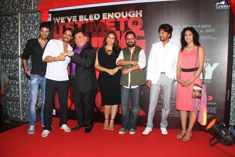 L-R Akash Dahiya, Arjun Rampal, Rishi Kapoor, Huma Qureshi, Nikhil Advani, Irrfan Khan, Sree Swara Dubey