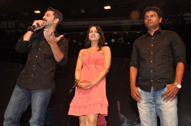 (L-R) Neil, Ameesha & Susi Ganesh (Dir)