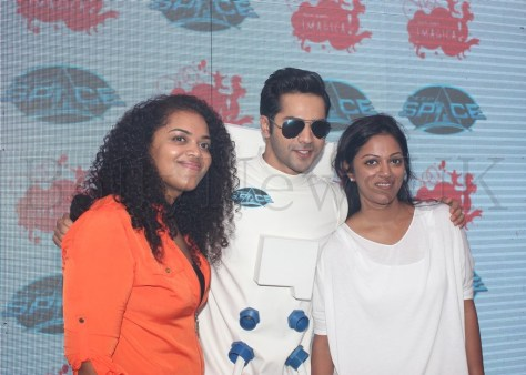 L to R Aarti Shetty, Creative Director Adlabs Imagica, Varun Dhawan and Pooja Shetty, Joint Managing Partner at Adlabs Imagica