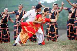 Chennai Express - Deepika Padukone and Shah Rukh Khan in Titli