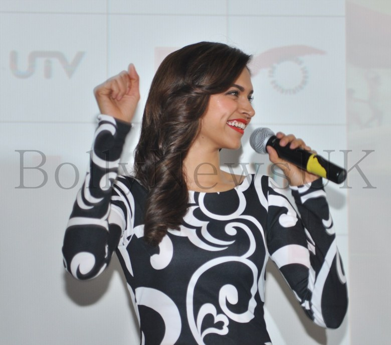Deepika Padukone in London (4)
