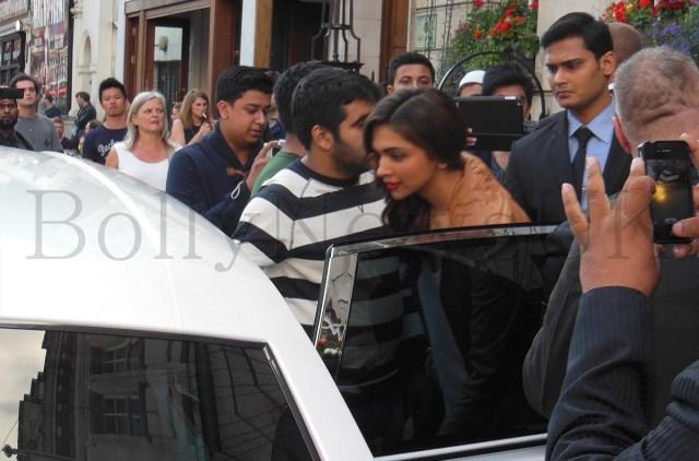 Deepika Padukone spotted in London (1)