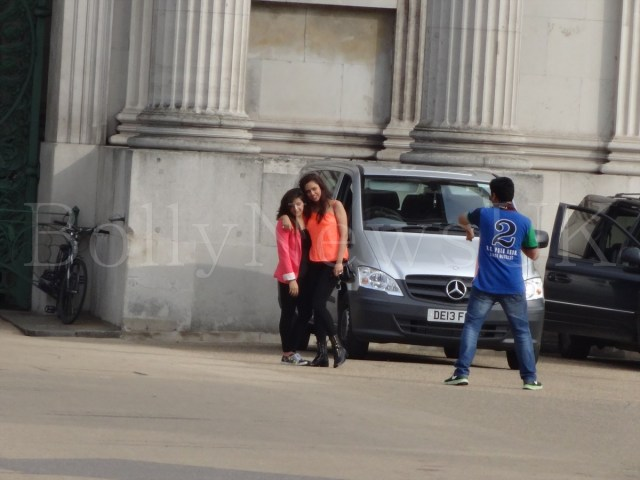 Bipasha Basu in London, Humshakals, Hyde Park Corner (7)