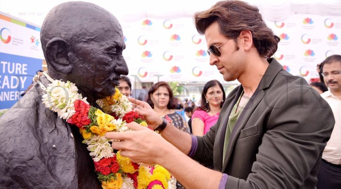 Hrithik Roshan's secret of being Strong  + Photos of 'Krrish 3' Singapore promotions