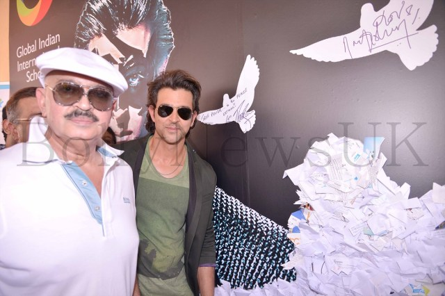 Hrithik Roshan promoting Krrish 3 in Singapore (8)