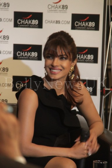 Priyanka Chopra and Hrithik Roshan in London for Krrish 3 with Sunny Malik (1)