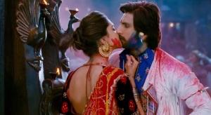Ram-Leela Deepika kisses Ranveer Singh