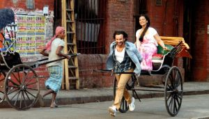 Saif and Sonakshi in Bullett Raja (1)