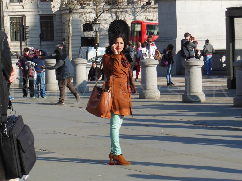 Yaami Gautam in London -Total Siyapaa (5)