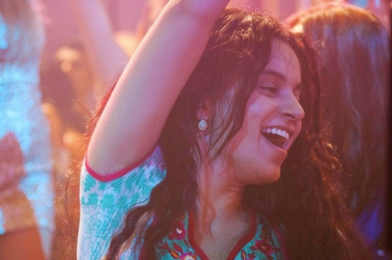 Kangana rocks her honeymoon solo style, in the newly released trailer of 'Queen'