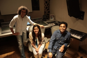 Imtiaz Ali,  Alia Bhatt and A R Rahman at a song recording for Highway