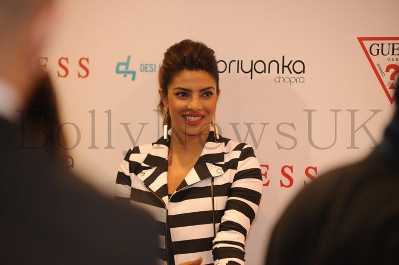 Priyanka at Guess store in London (8)