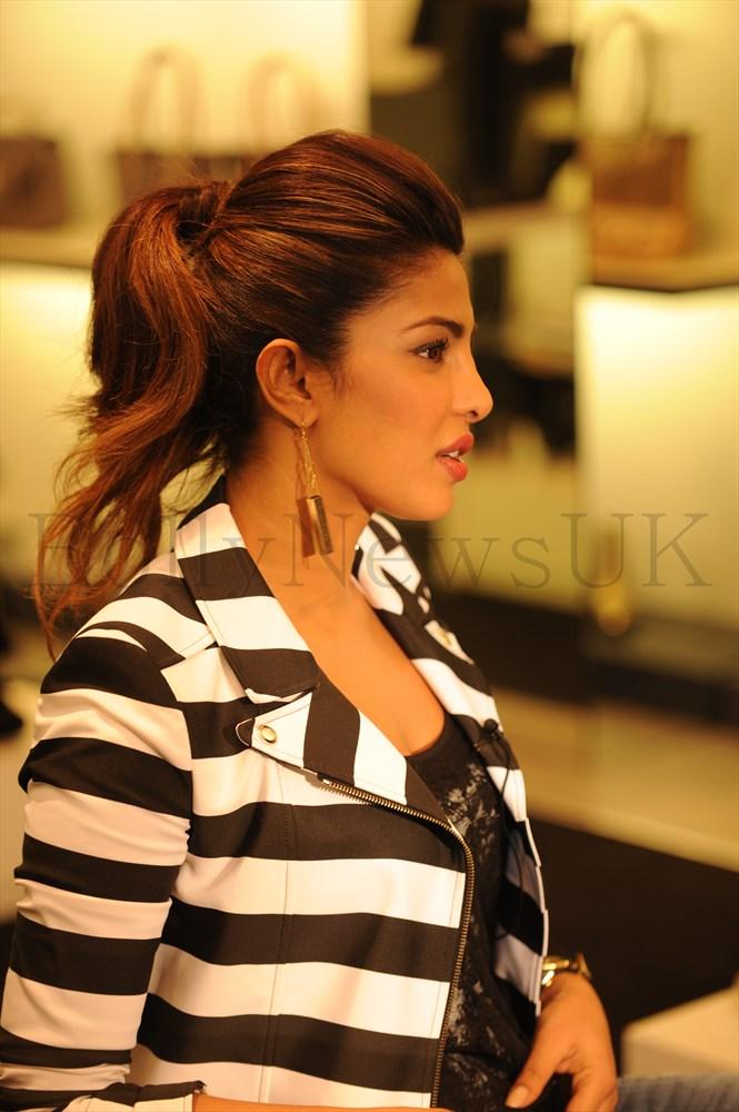 Priyanka Chopra at GUESS Store in London (1)