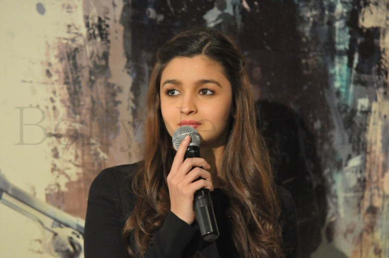 Alia Bhatt and Imtiaz Ali in London (2)