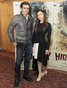 Alia Bhatt and Imtiaz in London (1)
