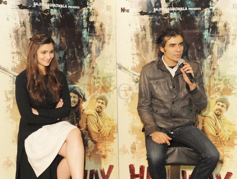 Alia Bhatt and Imtiaz in London (3)