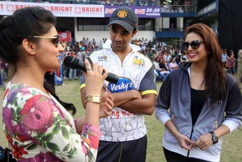 CCL 4 Bengal Tigers Vs Mumbai Heroes Match Photos (126)