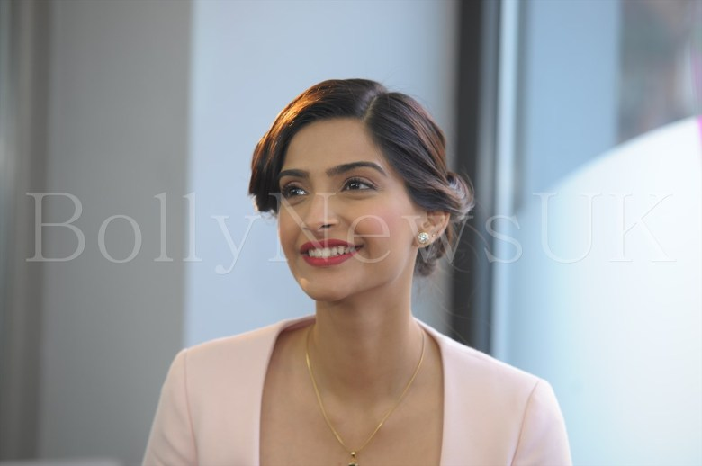 Sonam Kapoor in Dior in London - Bewakoofiyan (3)