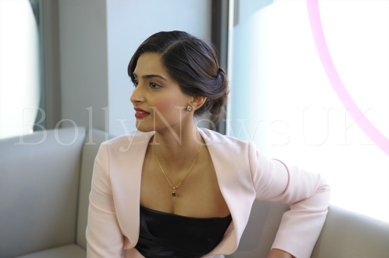 Sonam Kapoor in Dior in London - Bewakoofiyan (4)