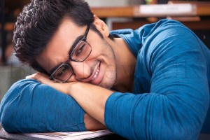2 States UK Release (5)
