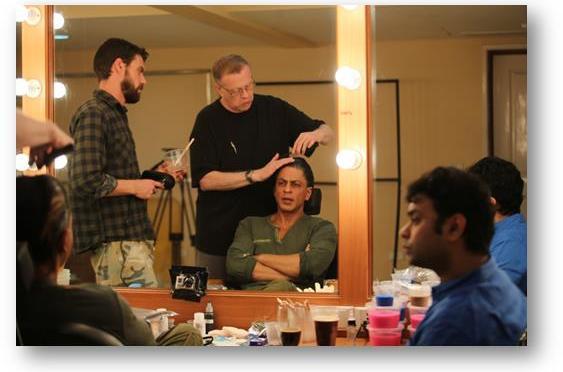 Shahrukh Khan begins work on 'FAN'