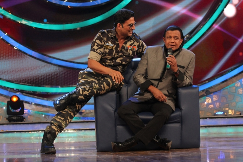 Akshay Kumar - Dance India Dance
