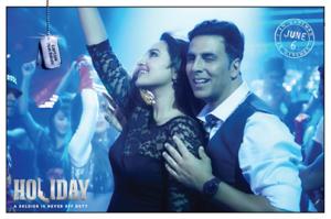 Akshay Kumar & Sonakshi Sinha - Holiday