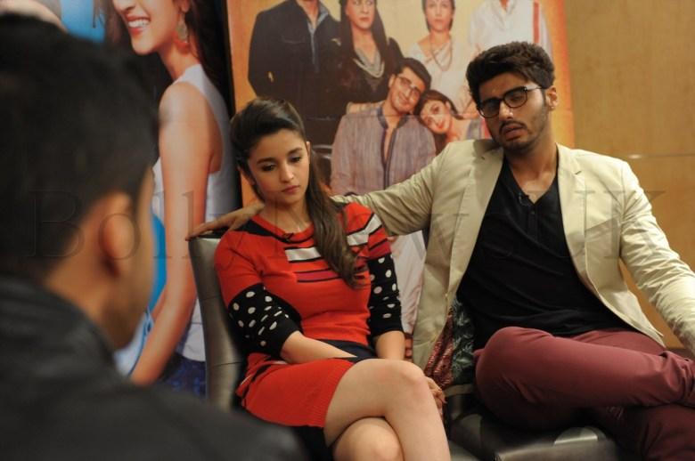 Alia Bhatt and Arjun Kapoor in London (4)