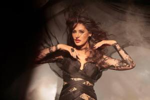 Nargis Fakhri - Kick
