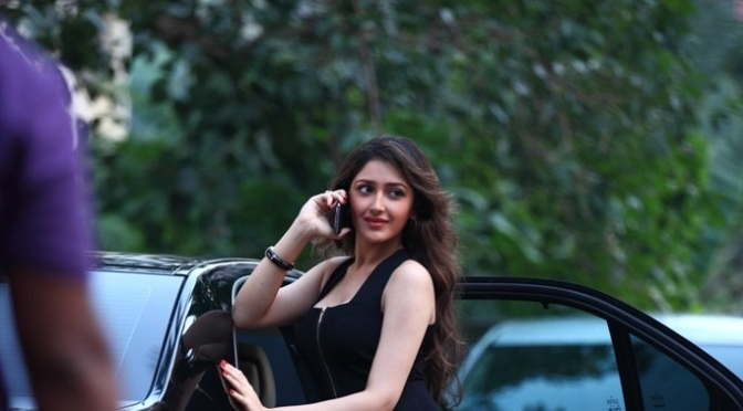 Revealed! the leading lady of Ajay Devgn's next directorial venture 'Shivaay'