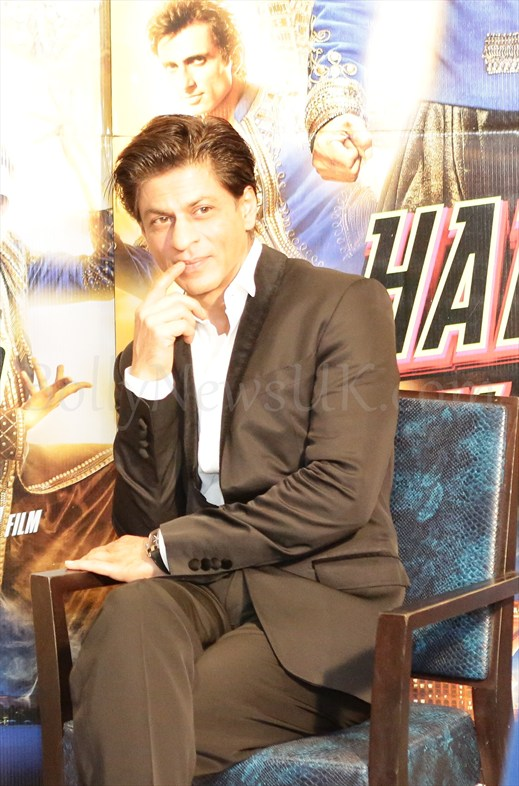 Shah Rukh Khan at Happy New Year promotions in London