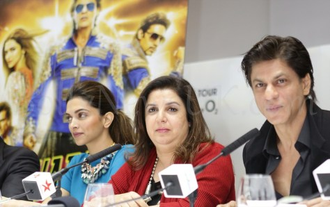 Shah Rukh Khan, Deepika and Farah Khan Happy New Year SLAM Press Conference in London (1)