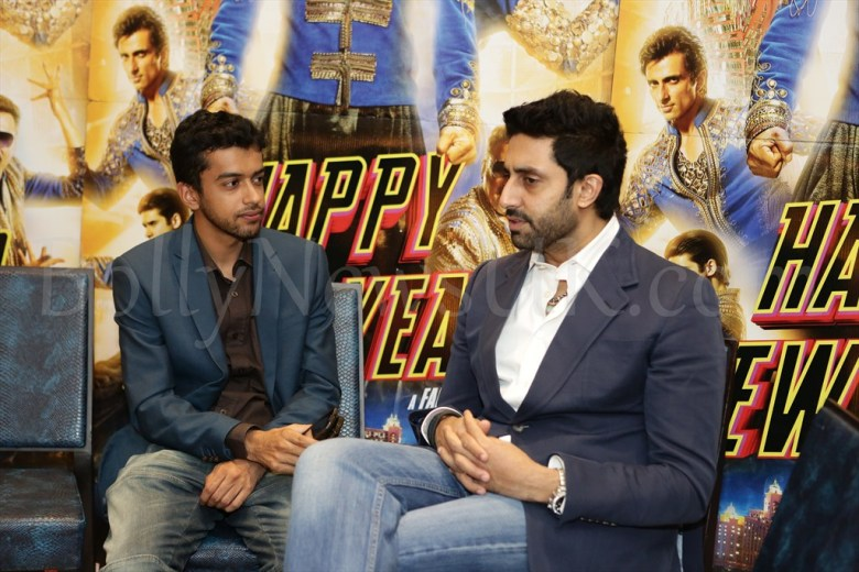 Journalist Sunny Malik and Abhishek Bachchan at Hapy New Year Promotions in London