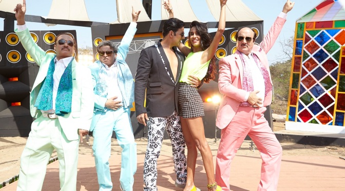 'The Shaukeens' is a  laugh-at-yourself concept comedy