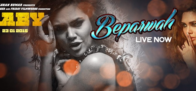 Esha Gupta, goes 'Beparwah' for Akshay Kumar's Baby