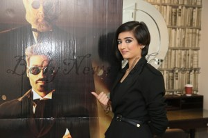 Dhanush, Akshara Hassan in London Shamitabh (4)