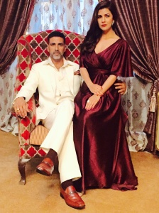Akshay and Nimrat in Airlift