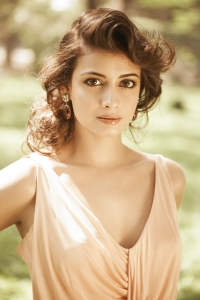 Dia Mirza to turn Director (2)
