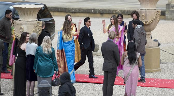 Spotted: Shah Rukh Khan shoots at Blenheim Palace for 'FAN'